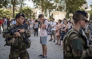 Francja: minuta ciszy w napiętej atmosferze