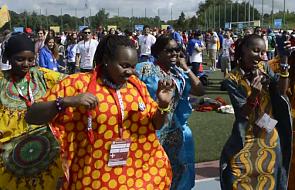 Radość, taniec i Shakira. Tak Afrykańczycy bawią się w Polsce [WIDEO]