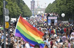 Kilkaset tysięcy obrońców gejów na demonstracji