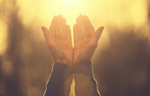 Dlaczego natrętna modlitwa jest skuteczna?