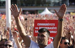 Setki tysięcy ludzi demonstrowały w Stambule