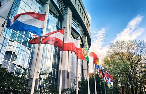 PE zdecydował, że zajmie się Polską po wakacjach