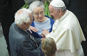 Franciszek prosi ubogich o modlitwę za bogatych