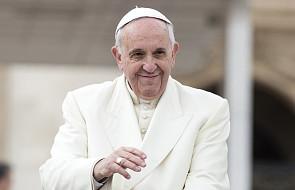 Franciszek codziennie zaprasza 10 bezdomnych na pizzę