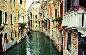 Wenecja: plakaty piętnujące niekulturalnych turystów