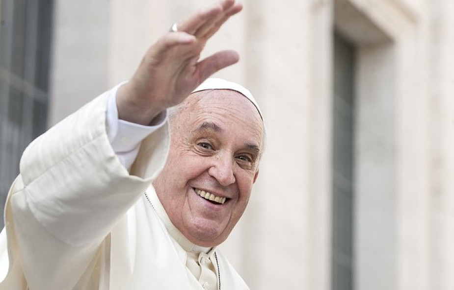 Franciszek dziękuje za solidarność z uchodźcami