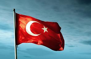 Czystki wśród tureckich naukowców i AKP