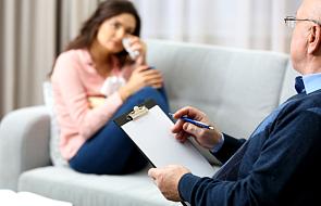 Kiedy iść na terapię i jak dobrze wybrać terapeutę? Obalamy mity i dajemy wskazówki krok po kroku