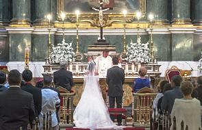 Zmiany norm w prawie kanonicznym dot. małżeństwa i chrztu