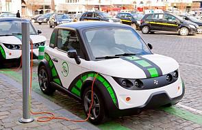 ME: do 2025 r. milion elektrycznych aut w Polsce