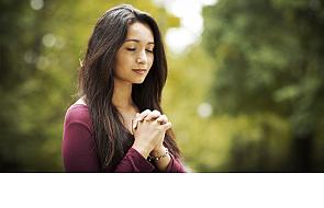 """To cię uchroni przed """"złą modlitwą"""""""