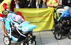 Protesty zwolenników i przeciwników aborcji
