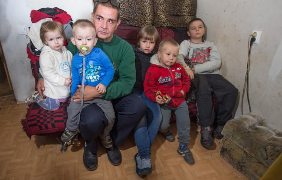 Rzecznik KRS o odbieraniu dzieci z powodu biedy