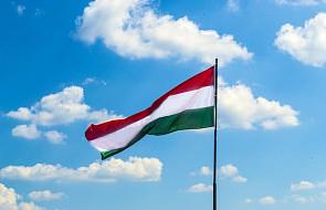 Węgry: w niedzielę referendum w sprawie kwot osiedlania imigrantów