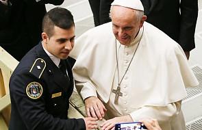 Papież podziękował włoskim policjantom