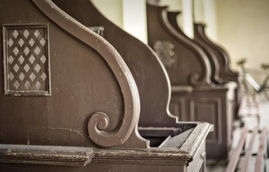 Czy można się spowiadać podczas mszy świętej?