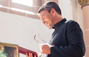 Niezywkła misja adopcji kapłanów