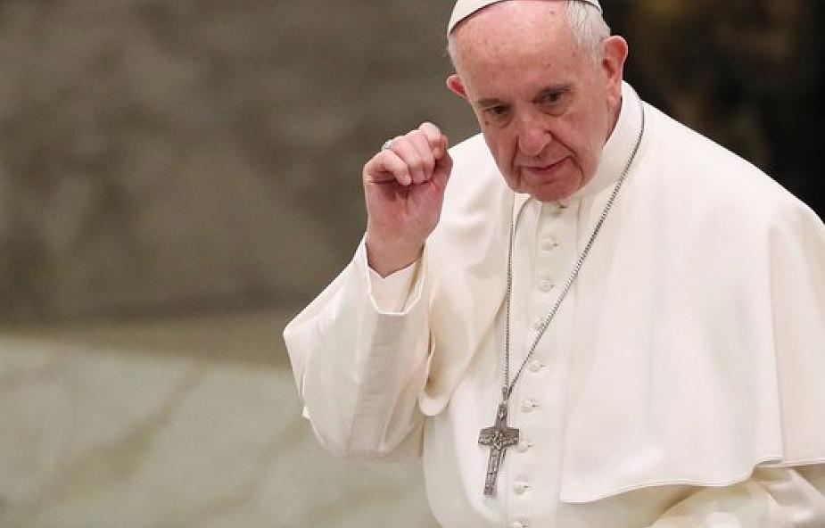 Papież o roztropnym podejściu władz ws. migantów