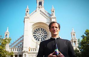 Ten kościół w Belgii miał być wyburzony. Ksiądz uratował go w niecodzienny sposób