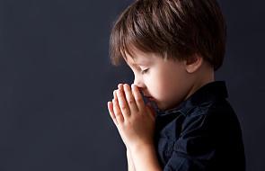 """Dzieci na całym świecie wspólnie pomodlą się o pokój, """"ta modlitwa może odmienić naszą planetę"""""""