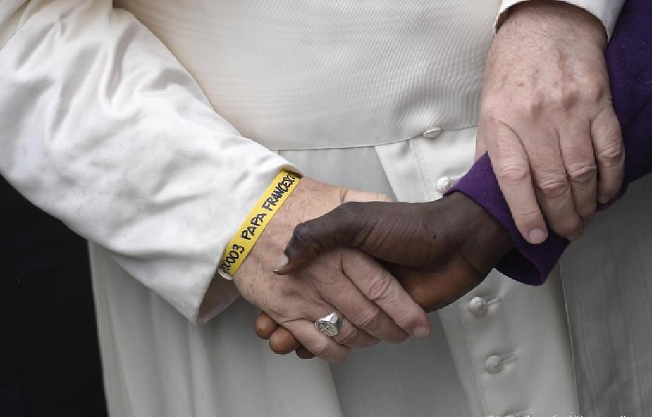 Proroczy gest papieża Franciszka w Bolonii. Tak realizują się słowa Ewangelii