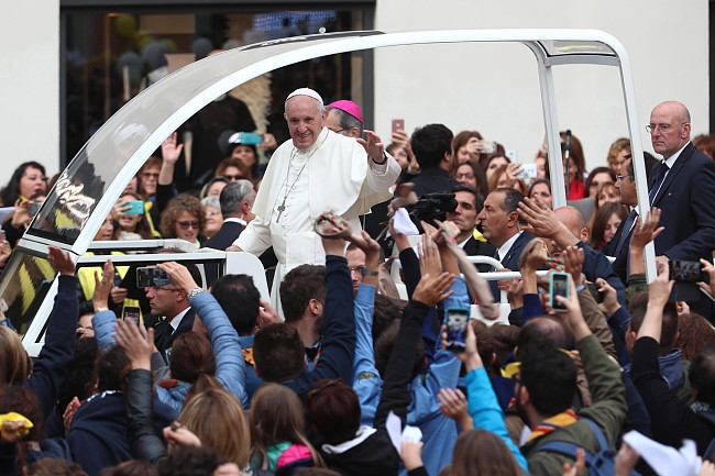 Papież pobił rekord. Wczoraj wygłosił 7 przemówień, by dać nadzieję tysiącom osób - zdjęcie w treści artykułu