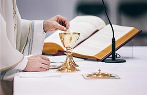 Nudzisz się na Mszy Świętej? Te 7 kroków sprawi, że zmienisz swoje podejście