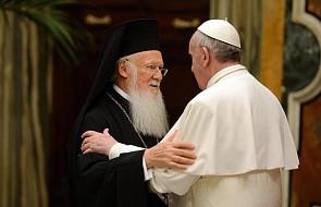 """Patriarcha Bartłomiej o """"radykalnym"""" pontyfikacie Franciszka"""