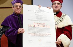 Ks. Lombardi: chcemy służyć człowiekowi przez szukanie prawdy