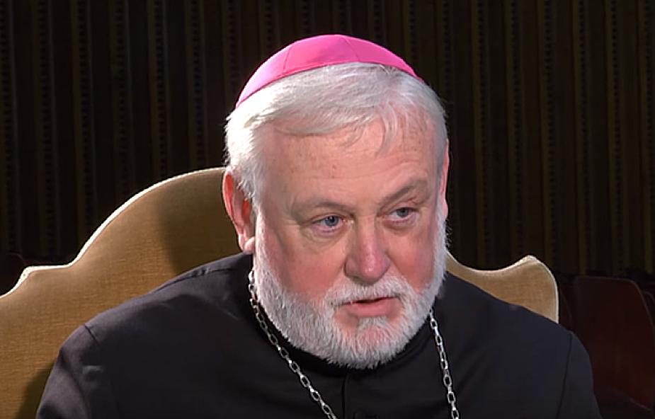 Abp Gallagher broni polskich biskupów przed zarzutami o nacjonalizm: istnieje zdrowy patriotyzm