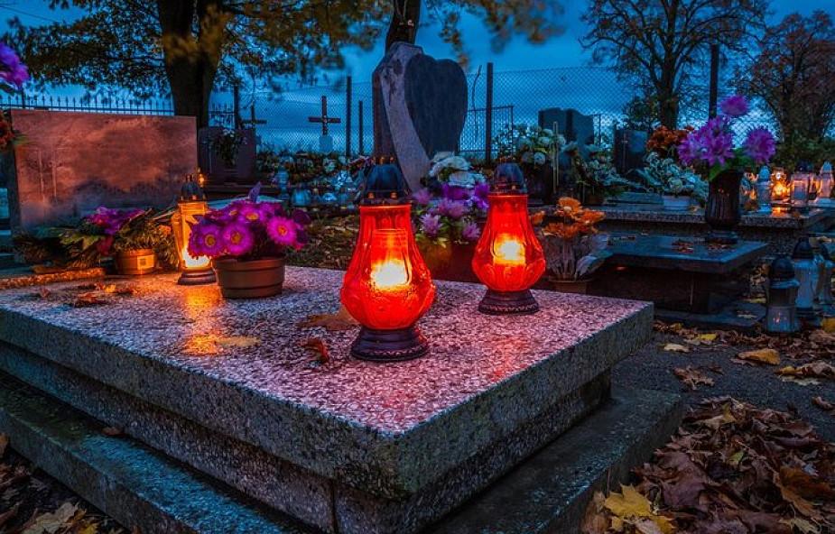 Najpiękniejsze modlitwy za bliskich zmarłych