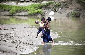 """ONZ: przedstawiciele Rohingjów wciąż uciekają z Birmy do Bangladeszu, to """"dalszy exodus"""""""