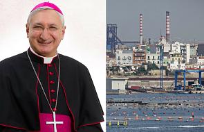Włochy: arcybiskup solidaryzuje się z robotnikami zagrożonymi zwolnieniem z pracy