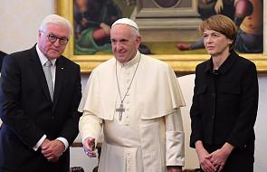 Steinmeier: papież pozytywnie ocenił politykę migracyjną Niemiec