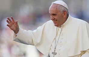 Papież do pijarów: namawiajcie do dialogu pomiędzy dziadkami i wnukami
