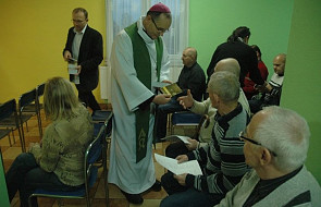 Światowy Dzień Ubogich: bp Przybylski spotkał się z bezdomnymi w Lubojence