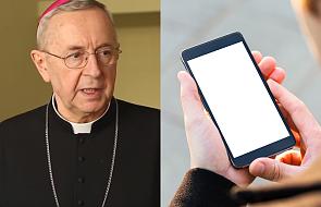 """Abp Gądecki poleca szczególną aplikację mobilną: """"sam ją zainstalowałem"""""""