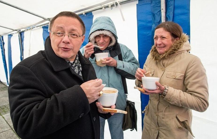 Abp Ryś: dlaczego mamy dać pić spragnionemu i dać jeść głodnemu?