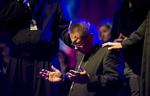 Arcybiskup Ryś uklęknął przed młodymi i poprosił ich tylko o jedno