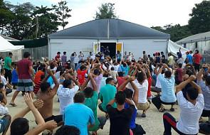 ONZ wzywa Canberrę do opieki nad migrantami w likwidowanym obozie