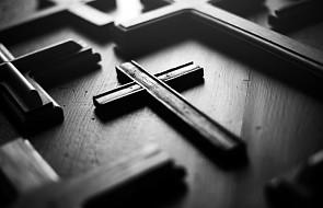 Biskupi do artystów: konieczne poszanowanie świętych symboli
