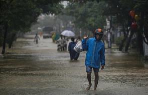 Wietnam: co najmniej milion dzieci ucierpiało z powodu tajfunu Damrey