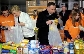 Para prezydencka przygotowała paczki dla potrzebujących