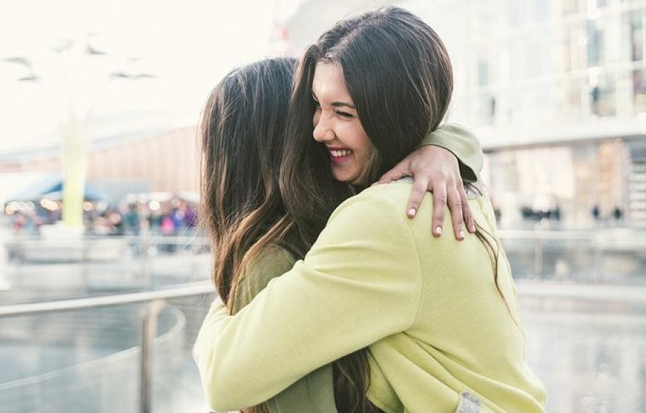 Świetna okazja do nadrobienia zaległości w... przytulaniu