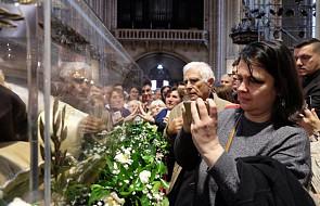 Nowa instrukcja Watykanu. Takich rzeczy nie powinno się robić z relikwiami