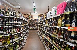 W Finlandii mocniejsze alkohole będą dostępne w sklepach spożywczych