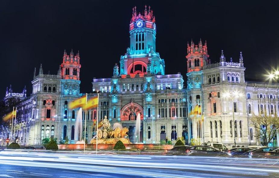 Madryt: walka miasta z szopkami
