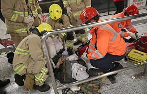 Hongkong: 18 rannych w wyniku pożaru w metrze