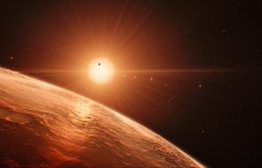 Odkryto system siedmiu planet podobnych do Ziemi [WIDEO]