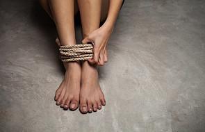10 sposobów na pomoc osobom dotkniętym handlem ludźmi